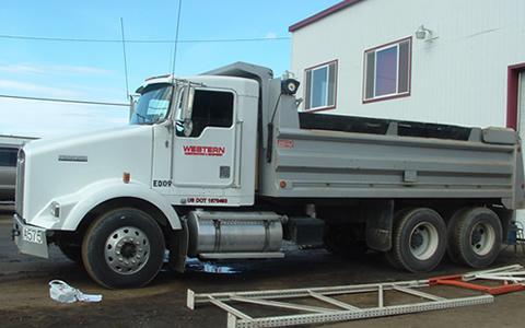 dump-truck-construction